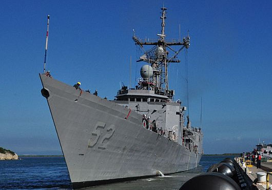 USS Carr Assist United States-Flagged Sailing Vessel